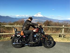 芦ノ湖スカイラインの三国峠で絶景を楽しむ